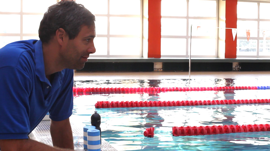 how to become a professional swimmer
